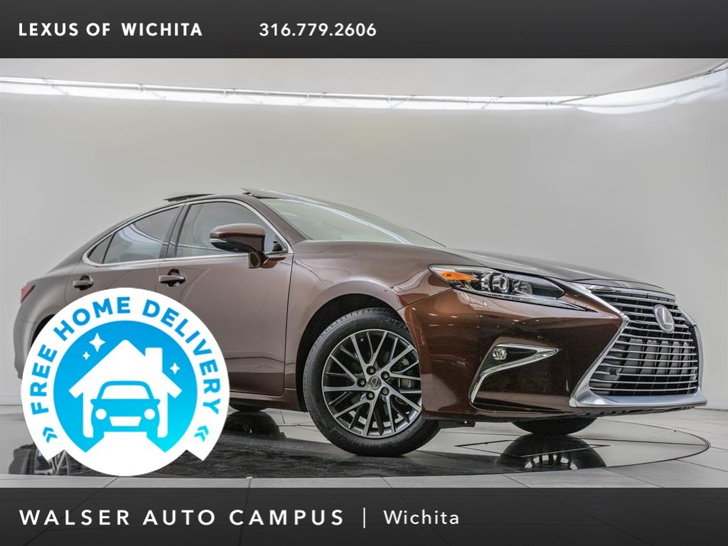 Pre-Owned 2017 Lexus ES Premium Package
