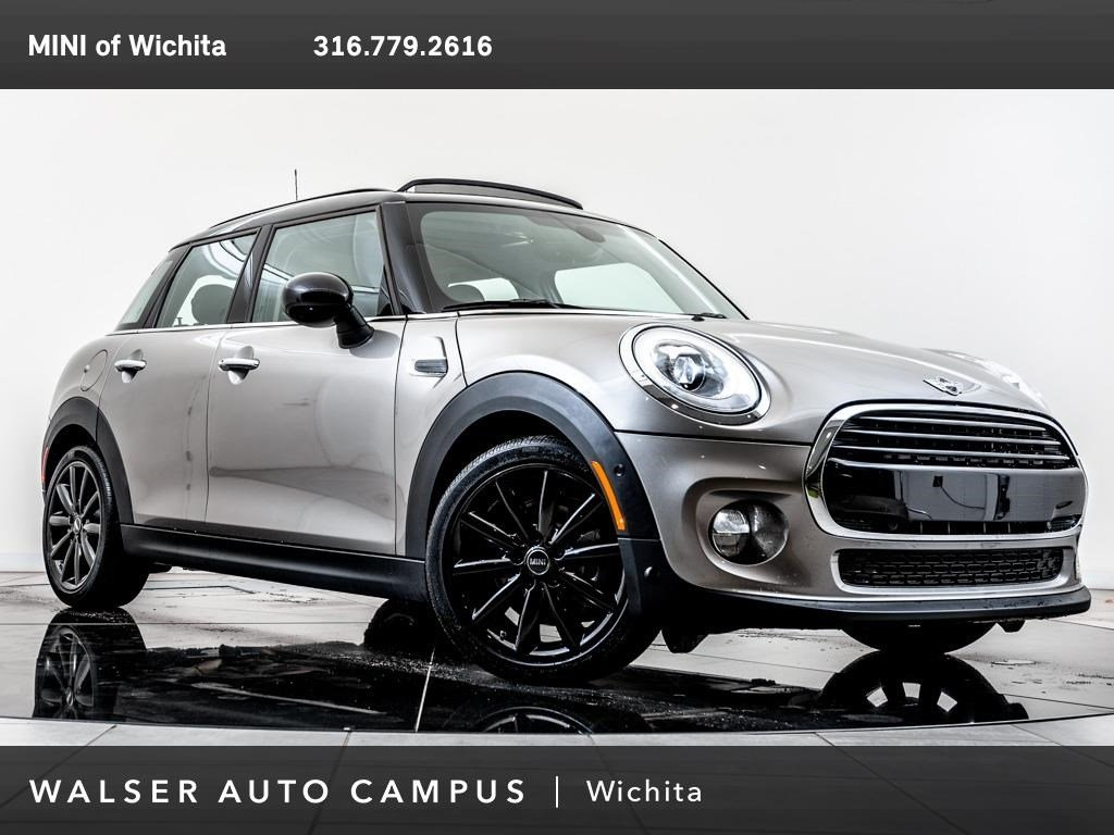 Pre-Owned 2018 MINI Hardtop 4 Door Cooper, MINI Certified, Navigation, Panoramic Roof