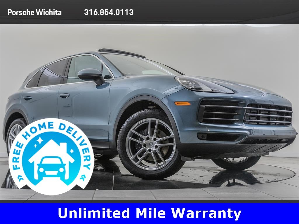 Pre-Owned 2020 Porsche Cayenne Premium Package