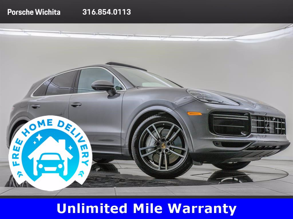 Pre-Owned 2019 Porsche Cayenne Premium Package Plus