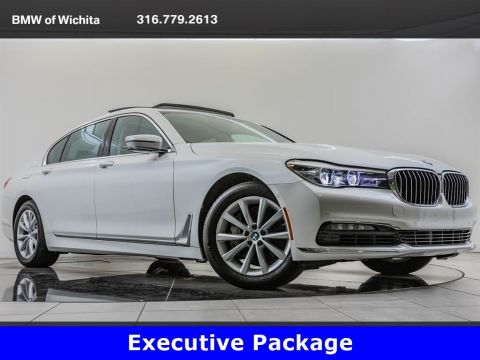 Pre-Owned 2017 BMW 7 Series 740i xDrive, Executive Package